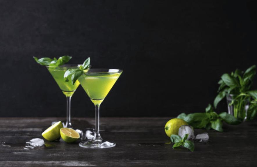 Historic Cocktail Lesson