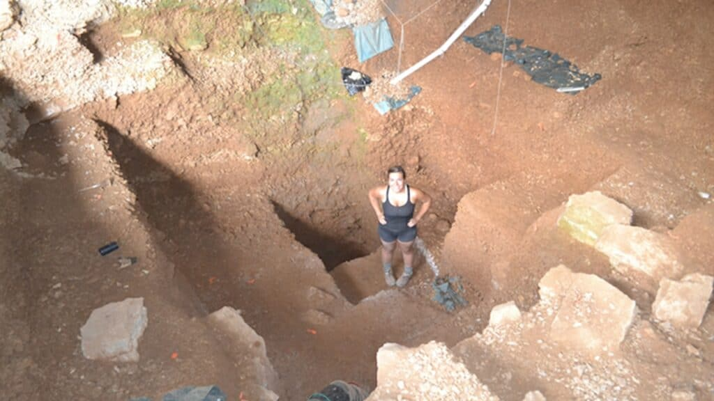 Dig Like Archaeologists